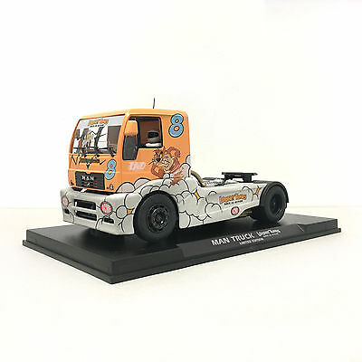 Fly Slot 203308 MAN Truck Looney Tunes Limited Edition 1:32