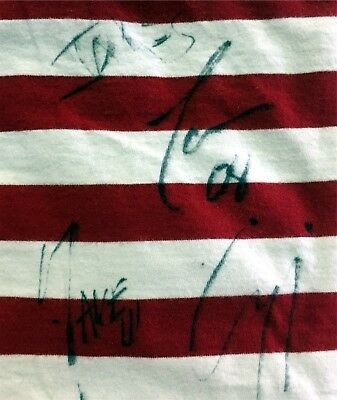 Autographed Shirt Canadian Rock Band Hedley Hoggard Rosin Crippen Tommy Mac
