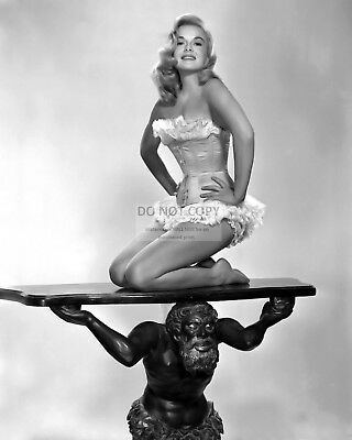 Actress Leslie Parrish Pin Up - 8X10 Publicity Photo (Az669)