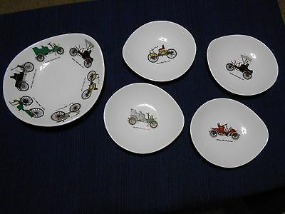 Queensberry Tableware Fine Bone China made by Crown Staffordshire England Bowls