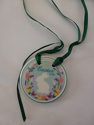 Longaberger Pottery Easter 1998 Ceramic Tie-On Bunny Flowers Butterflies USA