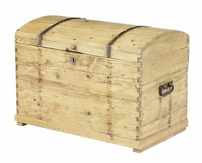 19Th Century Victorian Rustic Pine Dome Top Trunk