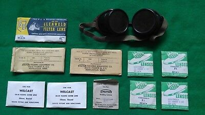 Vintage Smith's welding goggles, bakelite ??  in original box with extra lenses