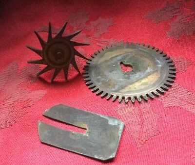 Unusual Friction Gear Wheel And Star Wheel Arbour Friction Washer Grandfather