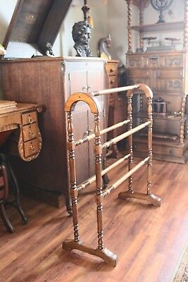 Vintage Quilt Blanket Rack Stand made by BUTLER Specialty Company