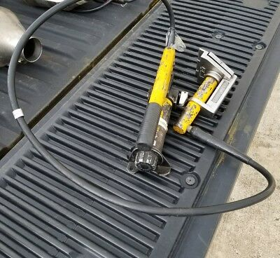 Hurst RABBIT TOOL With Hydraulic Pump Fire Rescue Tool