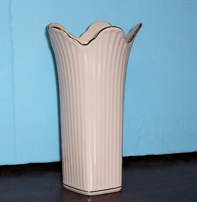 """Lenox Meridian Collection Scalloped Tulip Ribbed 8"""" Vase 4.5"""" Opening Never Used"""