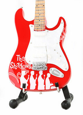 Miniature Guitar THE SHADOWS with free stand HANK MARVIN