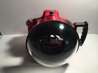 Canon 5D Mark II and Aquatech Underwater Housing