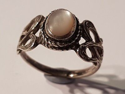 WONDERFUL sterling silver & mother of pearl ring. Metal detecting find