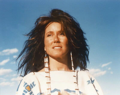 Dances with Wolves UNSIGNED photograph - L4270 - Mary McDonnell - NEW IMAGE!