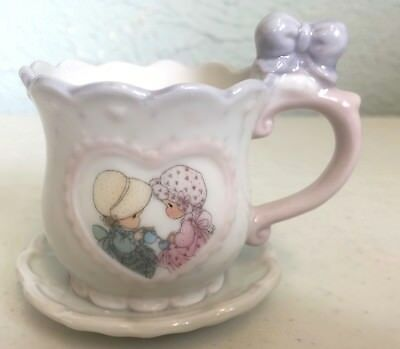 """Precious Moments ~ Friendship Hits The Spot ~ 1994 Enesco ~ 2"""" Tea Cup with Bow"""