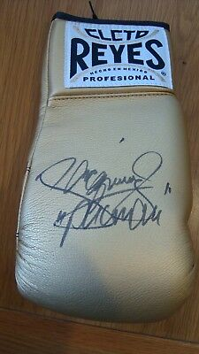 Boxing Glove. Hand Signed By The Great Manny Pacquiao £149