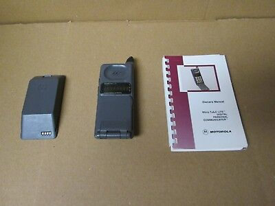 Vintage Motorola Micro Tac Lite Cellular Cellphone With Owners Manual As Is
