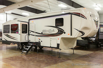 New 2018 33IK Rear Living Room Island Kitchen Extended Season 5th Fifth Wheel