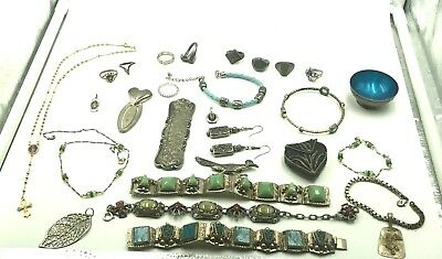 Wearable MIXED 27 Piece Lot Of Vintage and Antique Custume Jewelry