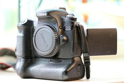 CANON EOS 60D 18.0MP DIGITAL SLR CAMERA - BLACK (Body only) DUAL BATTERY GRIP