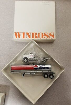 Winross Diet Pepsi Tanker White & Blue Tractor  Semi Truck Die Cast Metal