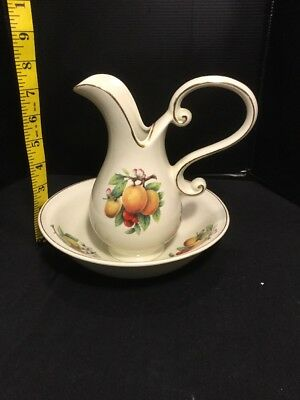 VINTAGE FORMALITIES Pitcher and matching Bowl \