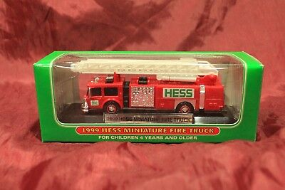 Sold in lots of 5 - 1999 HESS red firetrucks w/ working lights & ladder