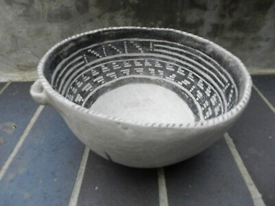 Pre Historic Pottery Anasazi/Tusayan/Keyenta Negative Black & White Bowl