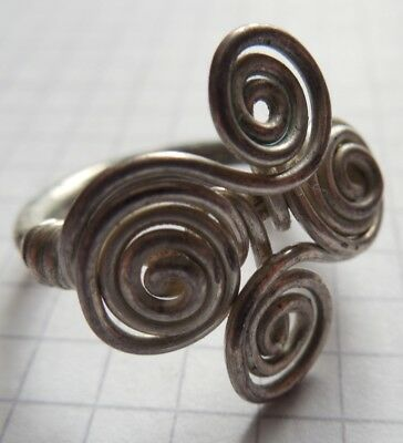 Celtic Period silver 4-petals ring