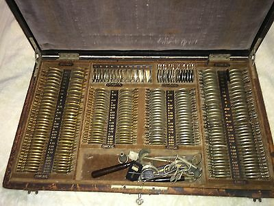 Antique 19C AO Medical Optical Optometrist Trial Lens Set In Locked Wooden Case