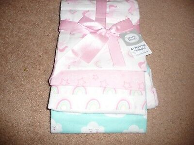 NEW NWT Luvable Friends Flannel Receiving Blankets 4 count unicorns/rainbows