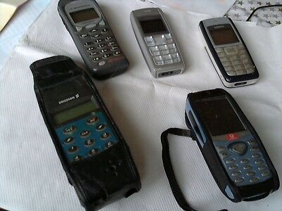 Job Lot. 5 Mobile Phones. Cannot Test. Good Condition. All Complete.