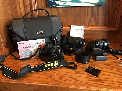 Nikon D40 With lenses,three batteries,charger station,download cord,carrying cas