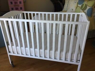 Used Dream On Me Full Sized Folding Crib. Excellent condition.