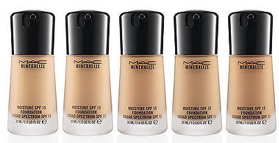 MAC MINERALIZE MOISTURE  SPF15  FOUNDATION. Many Shades. Free Delivery. BNIB