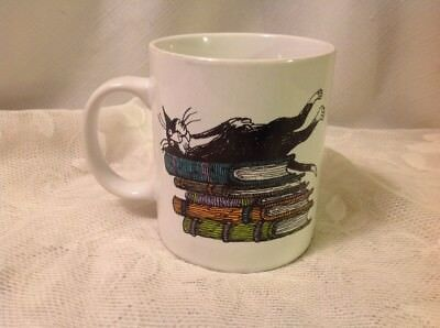 2001 EDWARD GOREY KIDSTAMPS CAT KITTEN BOOKS MUG CUP books. cats. life is good.