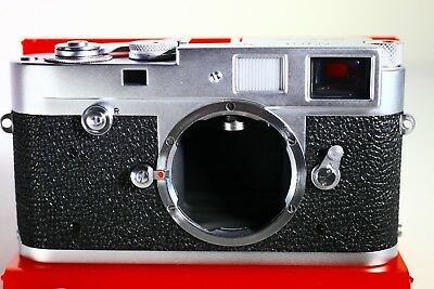 Leica M2 ELC Chrome Made in Canada Near Mint ULTRA RARE only 1580 made !!