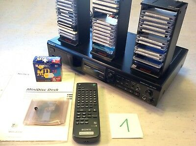 SONY MiniDisc Deck MDS-JE 510 + 39 MD + 3 MD-Regale