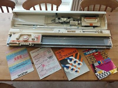 Brother Knitting Machine KH860 never used