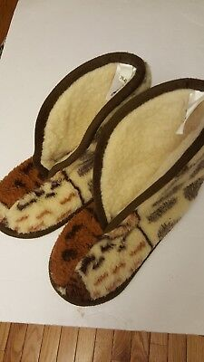 56ce1248271 EDDIE BAUER Slippers. Size 9.5 - 10.5. GERMANY 100% PURE. . WOOL ...