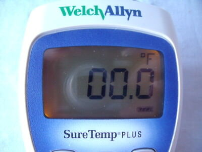 Welch Allyn SureTemp Plus Thermometer Model 692 Without probe works great.  b20