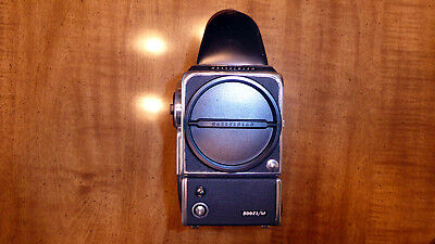 Hasselblad 500 EL/M Body w/ Focussing Screen, Prism Finder & Battery Adapter