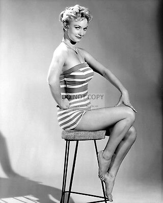 Actress Fay Spain Pin Up - 8X10 Publicity Photo (Az949)