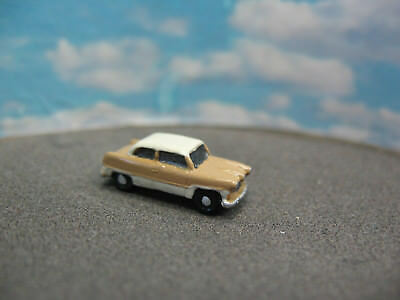 MWB Modell, Spur Z,1:220,Ford Taunus 12M Limo, Cremegelb / Weiß