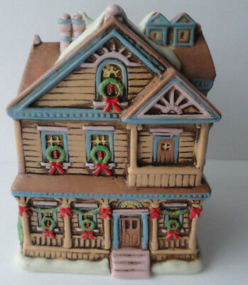 Schmid Musical Ceramic Music Box 1988 Vtg White Christmas AMCAL Charles Wysocki