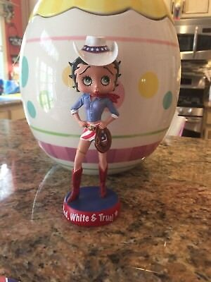 Danbury Mint Betty Boop Around the World USA Figurine