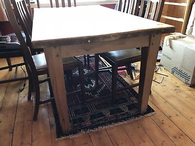 Arts and Crafts Pine Table 5' X 3' kitchen / dining
