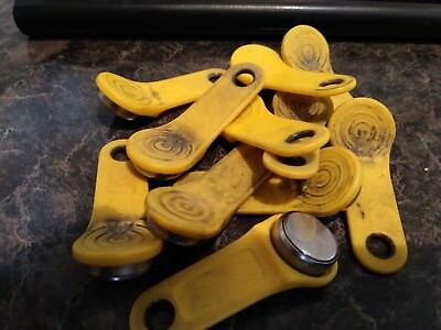 11 Used Yellow Exaktime keytabs
