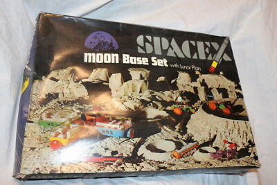 A Triang Product - SpaceX - MOON Base Set - in Ovp