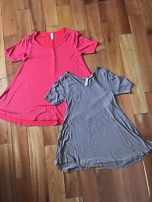 Lot Of 2 Solid Perfect Tees XS.  Tan And Red. EUC