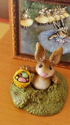 Wee Forest Folk B-15 Easter's Hare  RETIRED  Mint