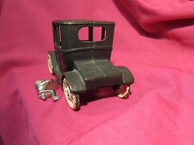"""RARE vintage 1924 Arcade 6.5 """" cast iron Ford Model T toy car w backseat driver"""