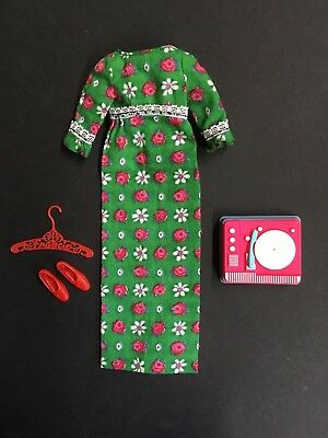 Vintage Barbie FRANCIE Doll Go Granny Go #1267 Outfit W/ Record Player